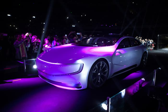 leeco-lesee-23